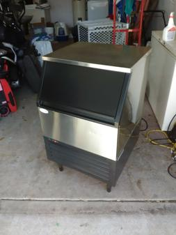 Maxx Ice MIM265H Self Contained 260lb Commercial Clear Ice M