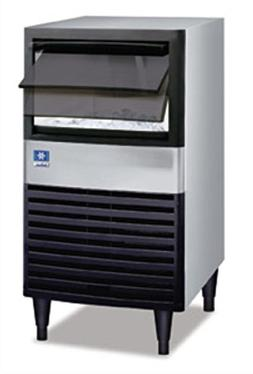 """Manitowoc UDE-0065A 19 3/4"""" Air Cooled Undercounter Full Siz"""